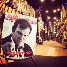Quentin vi aspetta da Bassline Music Shop Milano! #quentintarantino @rollingstoneitalia @divanorolling #lamusicaringrazia