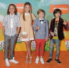 Mace, Lizzy, Casey, and Aidan at the 2016 Kids Choice Awards