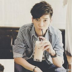 Bii - Half Taiwanese / Half Korean singer and completely super cute *-*