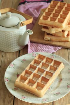 Wafers extremely gentle, crust-melting as on the honest (lactose-free) This recipe, I need to admit that I used to be searching for a few years now! I like waffles like on the honest, those that are extremely crispy outdoors, every thing . Thermomix Desserts, Ww Desserts, Dessert Recipes, Sans Lactose, Lactose Free, Beignets, Biscotti, Waffle Ice Cream, Galletas Cookies