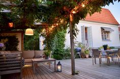 When historic inside thought, the pergola is having somewhat of a modern-day rebirth these kinds Getaway Cabins, Helsingborg, Outdoor Living, Outdoor Decor, My Dream Home, Outdoor Gardens, Garden Design, Pergola, Logs