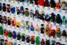 DISPLAY LEGO MINIFIGS I really like the way LegoJeff and many others display their LEGO minifigures. I will try to also create something lik...