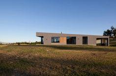 Lake Hawea Courtyard House / Glamuzina Paterson Architects   ArchDaily