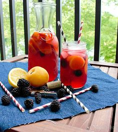 Blackberry Apricot Sangria A summery cocktail thats refreshing & still packs a punch. #cocktails #recipe #summercocktail #drinks