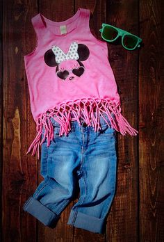 What says summer more than Minnie Mouse in Sunglasses? Get your little girl ready for your upcoming Disney trip. Perfect for the warm summer