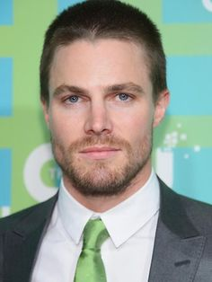 CW debuts trailer for superhero TV show Arrow | dailytelegraph.com.au