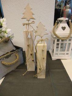Set-2tlg-Dekosaeule-Tannenbaum-ca-44-cm-Holz-shabby-chic-Weihnachten-NEU