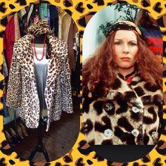 EDDIE! Faux fur coat - size M - £45 • metallic silver 80s top - size UK 12-14 - £10 • fur hat - £18 #vintage #eddie #edinamonsoon #theshredder #jennifersaunders #twitter #instagood #instagram #internationalselling #fancydress #dressup #costume #abfab #absolutelyfabulous #print #leopardprint #fauxfur #furjacket #fauxfurjacket #metallic #80s #eighties #british #britishtv #britishcomedy #comedy #funny #glasgow #byresroad