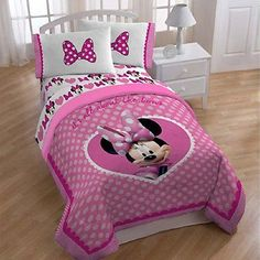 NEW Minnie Mouse Cute Bows Twin / Full Size Comforter - EXCLUSIVE DEAL! BUY NOW ONLY $64.47