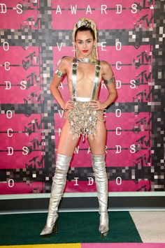 Pin for Later: See Every Look From the VMAs Red Carpet Miley Cyrus