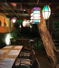Noite na praia de Pipa {} Mil opções de restaurantes deliciosos!  Amo o clima desse lugar