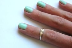 Sterling silver knuckle ring, feather stacking ring - midi ring, hammered, textured knuckle ring, silver ring on Etsy, $17.00