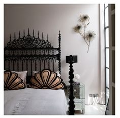 The bed is amazing. Gothic on steroids.