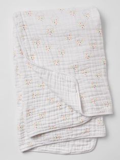 Gap x aden + anais® dream blanket