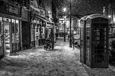 A Touch of Red, by Victor Alexandre Emotional Photography, Bw Photography, London Photography, Street Photography, Black White Photos, Black And White Photography, Happy Pictures, Beautiful Pictures, Snow Night