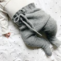 Snuggle pants - May 04 2019 at Baby Outfits, Kids Outfits, Baby Boy Fashion, Kids Fashion, Fashion 2018, Fashion Brands, Knit Baby Dress, Baby Cardigan, My Bebe