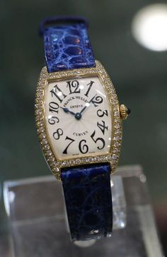GABRIELLE'S AMAZING FANTASY CLOSET   Franck Muller Lady's Curvex Yellow Gold Diamonds Quartz Wristwatch  