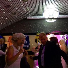 Dancing with my #bigbrother 💕#mrandmrswaheeb #wedding #langvikhotel #jakesclub  #langvikhotel http://www.langvik.fi/