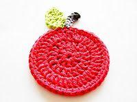 Annemarie's Haakblog: Monday Pattern Day: Apple Coasters!