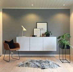 The gorgeous living room of @tonemelbo, Ferm Living Plant Box available online.