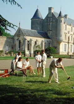 Just a little afternoon croquet on the lawn, where are the blacks and Hispanics? Lol, guess I'm not invited! English Country Manor, English Countryside, Town And Country, Country Life, Country Living, Croquet Party, Old Money, Rich Life, Country Estate