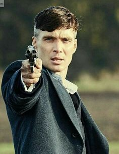 Cillian Murphy a. Peaky Blinders Thomas, Cillian Murphy Peaky Blinders, Beautiful Celebrities, Beautiful Men, Cillian Murphy Tommy Shelby, Joe Cole, Red Right Hand, Classy Aesthetic, Marlon Brando
