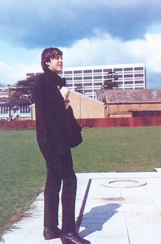 """A color photograph of Paul McCartney during the filming of the Beatles movie """"A Hard Day's Night"""", 1964 Beatles Band, The Beatles, Beatles Photos, Paul Mccartney, Great Bands, Cool Bands, A Hard Days Night, Sir Paul, The Fab Four"""