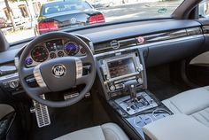 Inside the vw pheaton😍😍 Volkswagen Phaeton, Vw, Audi A8, Dashboards, Luxury Cars, Dream Cars, Super Cars, Jeep, Transportation