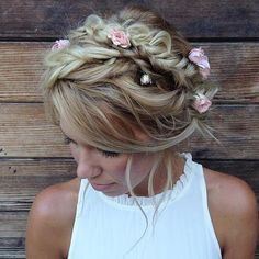 18 Ideas of Unique Homecoming Hairstyles - # . 11 Pretty Styles to Release You From a Hair Rut 18 Ideas of Unique Homecoming Hairstyles - # . 11 Pretty Styles to Release You From a Hair Rut Work Hairstyles, Flower Girl Hairstyles, Formal Hairstyles, Bride Hairstyles, Hairstyle Bridesmaid, Homecoming Hairstyles, Boho Makeup, Hair Makeup, Wedding Hair And Makeup