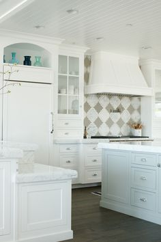 BECKI OWENS- 6 Choices for Marble Countertop Edge Detail