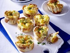 Toast muffins with cheese and ham filling- Toastmuffins mit Käse-Schinken-Füllung Our popular recipe for toasted muffins with cheese-ham filling and over more free recipes on LECKER. Breakfast Crockpot Recipes, Vegetarian Breakfast Recipes, Brunch Recipes, Breakfast And Brunch, Tapas, Tostadas, Snacks Für Party, Food For A Crowd, Cookies Et Biscuits
