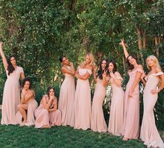 You've been in a group text for roughly ten months, but at least you're in a good dress. bridesmaids in Ref. Light Pink Bridesmaid Dresses, Blush Pink Bridesmaids, Wedding Bridesmaids, Blush Weddings, Blush Champagne Wedding, Bride And Bridesmaid Pictures, Bridesmaid Poses, Bridemaid Photos, Wedding Picture Poses