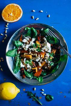 Persimon-dukkah salaatti