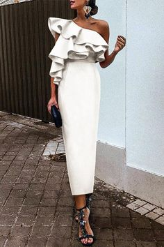 White Chic Ruffles One-Shouldered Bodycon Dress – Pujaa Balag – Ich Folge White Chic Rüschen One-Shouldered, figurbetontes Kleid – Pujaa. Elegant Dresses, Casual Dresses, Dresses For Work, Formal Dresses, Sexy Dresses, Pretty Dresses, Wedding Dresses, Elegant White Dress, Long Dresses