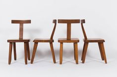 Olavi Hanninen chairs in light elm by Mikko Nupponen 1950 set of 4 50s Furniture, Bauhaus Furniture, Mid Century Furniture, Furniture Design, Cama Malm Ikea, Pierre Guariche, Diy Stool, Teak Sideboard, Scandinavian Furniture