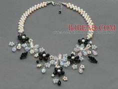 Blanco perla de agua dulce y cristalina clara y cristalina de la flor Negro crochet collar