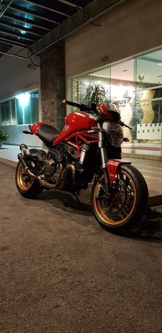 My monster 821 Ducati 821, Ducati Monster 821, Ducati Hypermotard, Moto Cafe, Ducati Motorcycles, Bmw, Bike Ideas, Super Bikes, Ghost Rider