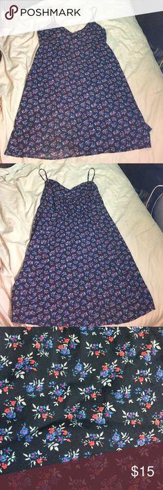 Hollister floral navy blue dress Only worn once navy blue dress with flowers on it . Hollister Dresses