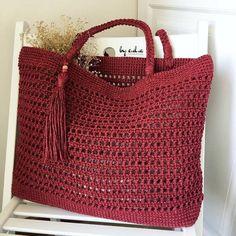 Marvelous Crochet A Shell Stitch Purse Bag Ideas. Wonderful Crochet A Shell Stitch Purse Bag Ideas. Crochet Market Bag, Crochet Tote, Crochet Handbags, Crochet Purses, Crochet Baby, Knit Crochet, Crochet Shell Stitch, Net Bag, Batik