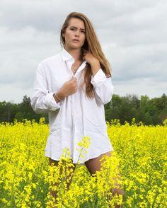 Vilken dag! Den inleddes först med en porträttserie på fm en spontanbröllopsfotografering och sedan avslutades den med en modellfotografering tillsammans med @saraharo #sommar #ilovesweden #sweden_photolovers #modell  #porträtt #jonas_fotograf #model #linköping #lkpg #linköpinglive #meralink #igsweden #igscandinavia #igsummer #sweden #motala