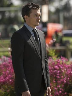 """Rupert Friend discusses filming Homeland Season which is """"very much a do-over,"""" and his will-they, won't-they with Claire Danes' character. Homeland Season 5, Homeland Tv Series, Good Movies, New Movies, Movies And Tv Shows, Peter Quinn Homeland, Carrie Mathison, Spy Shows, Rupert Friend"""