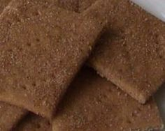 """Living Without - Gluten-Free """"Not Quite"""" Graham Crackers. I having been wanting to try GF graham crackers. Sub in maple syrup for the honey in this recipe to make low FODMAp Gluten Free Deserts, Foods With Gluten, Gluten Free Cookies, Sans Gluten, Gluten Free Recipes, Gluten Free Graham Crackers, Graham Cracker Recipes, Biscuits, Food Articles"""
