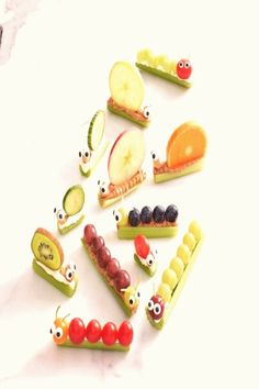 #Cooking #for #kids #gesunde #beim Gesunde Snacks beim Kindergeburtstagbrp classfirstletterYou are in the right place about snackspIt is one of the top quality piece that can be presented with this vivid and remarkable impression snacksblockquoteThe figure called Gesunde Snacks beim Kindergeburtstag is one of the maximum charmingly figure found in our panel The width 980 and the height 969 of this icon have been prepared and presented to your likingblockquote Healthy Snacks For Kids, Easy Snacks, Caterpillar Recipe, Easy Halloween Snacks, Snacks Saludables, After School Snacks, Bible School Snacks, Snacks Für Party, Kids Meals