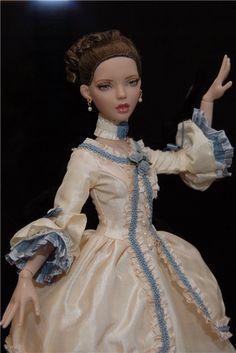 "Ellowyne Wilde Deja Vu Antoinette 16"" doll Outfit Fashion White Angel Set Dress"