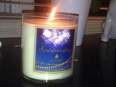 It's here!! I just got my JewelScent Anniversary candle and it smells great!!
