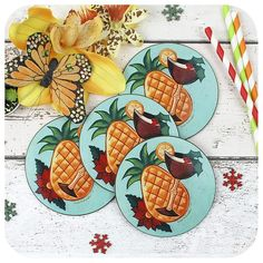 Go tropical this Christmas and serve up your cocktails and mulled wine on a set of festive Tiki Coasters! We have collaborated with the Queen of Tropical Christmas herself, LadyJo Bangles to bring you these fabulous vintage style Christmas Coasters! Festive Cocktails, Christmas Cocktails, Great Christmas Gifts, Vintage Christmas, Tropical Home Decor, Christmas Coasters, Tropical Christmas, Good Excuses, Coaster Set