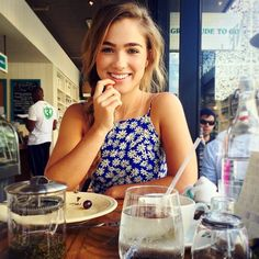 The hottest images and pictures of Haley Lu Richardson are truly epic. While we are talking about Haley Lu Richardson beauty, skills, and professional Haley Richardson, Gorgeous Women, Beautiful People, Makeup Tattoos, Elle Fanning, Celebrity Hairstyles, Woman Crush, Hollywood Actresses, Girl Crushes