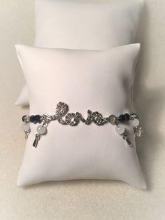 """Bracelet """"L'amour de jade et de quartz en noir et blanc"""" : Bracelet par…"""