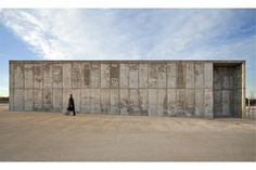 openhouse-barcelona-shop-gallery-concrete-jungle-architecture-valdefierro-park-hector-fernandez-elorza-zaragoza-photography-mont…