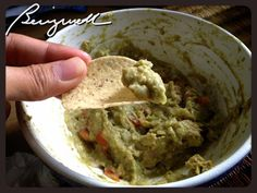 Making Guacamole #makingguacamole, #guacamoledip, #chipsanddips